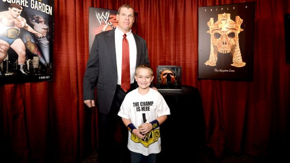 Kane meets Superstars for Sandy Relief Auction winner Will.