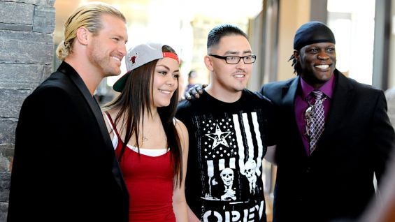 Dolph Ziggler and R-Truth meet U.S. Troops and their families at USO Warrior and Family Center.