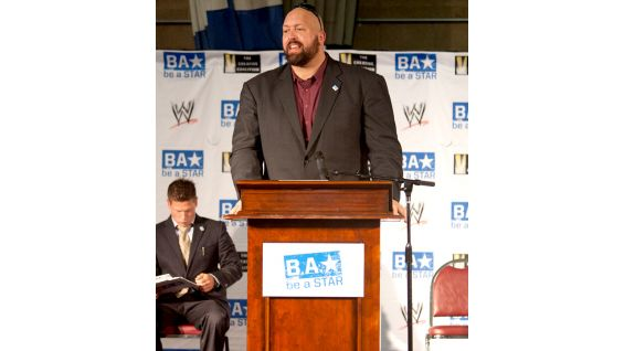 Big Show encouraged the children to stay positive and end bullying in their schools.