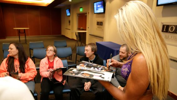 how to meet wwe superstars before and after events in los angeles