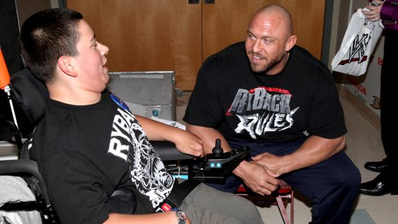 Ryback meets Eric, 14, of Make-A-Wish.