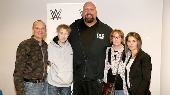 Lucas, 22, and his family meet The World's Largest Athlete before WWE Live at Porsche Arena.