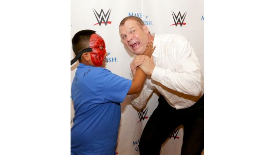 Think Kevin can deliver a chokeslam like Kane's?
