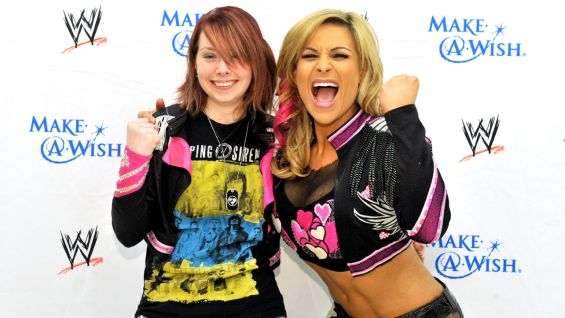Natalya meets Alexis, 17, of Make-A-Wish.