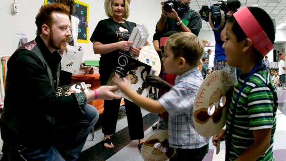 Sheamus meets children from Gragson Elementary School in Las Vegas.