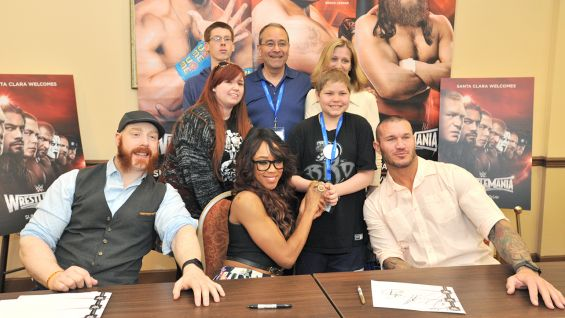 WrestleMania Week Make-A-Wish private signing: photos ... | 565 x 318 jpeg 41kB