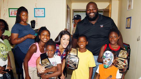 Superstars visit New York City children's hospitals to ...