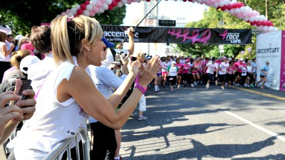After walking the race, both Divas cheered on participants at the finish line.