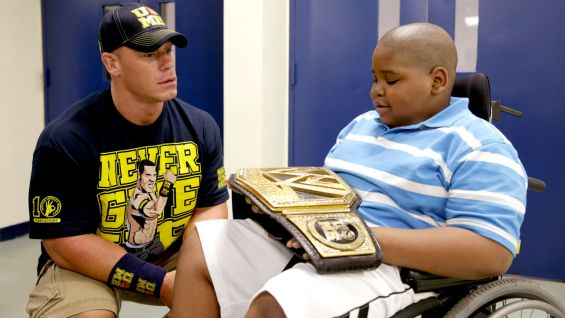 Cena says hello to NaSeaph.
