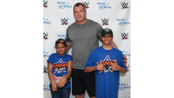 Georgia and her brother, Zach, also meet Superstars such as Kane.