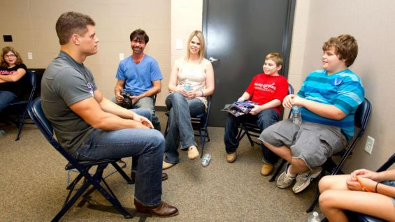 Cody Rhodes talks to Zachary from Make-A-Wish.