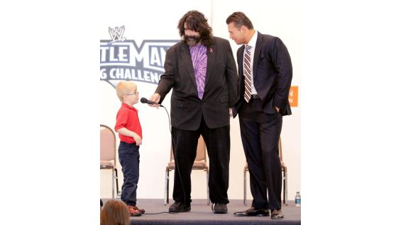 An author and huge supporter of the WrestleMania Reading Challenge, Mick Foley asks a young student about reading.