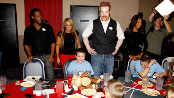 Circle of Champions: Sheamus and other Superstars grant ... | 565 x 318 jpeg 39kB