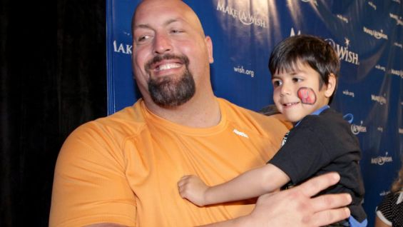 Big Show enjoys a lighthearted moment with a new friend.