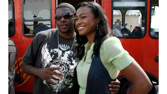 Actress Tatyana Ali came out to lend a hand.