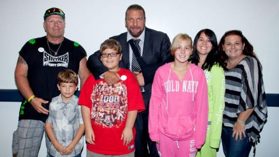 After meeting The Game, Konner and his family watched Raw at Allstate Arena.
