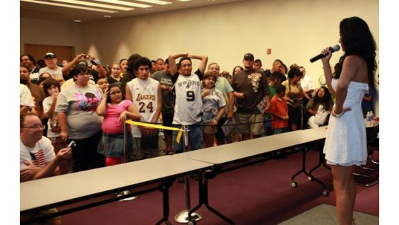 The Diva was joined by the WWE Universe at San Antonio's Central Library.