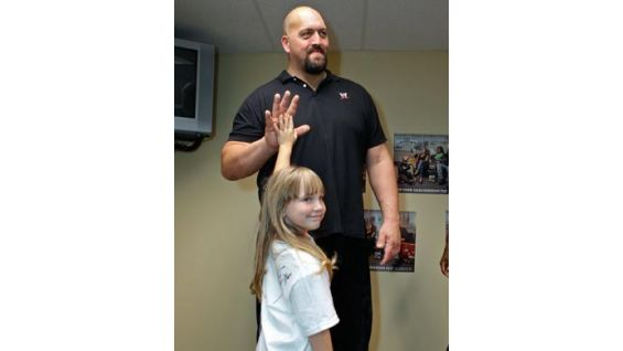 "Bennette Mansfield-Sanderson named her dogs ""Big Show"" and ""The Miz""!"