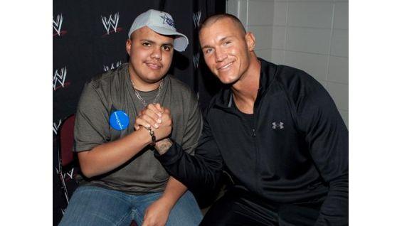 Randy Orton meets David Escalante before Monday Night Raw.