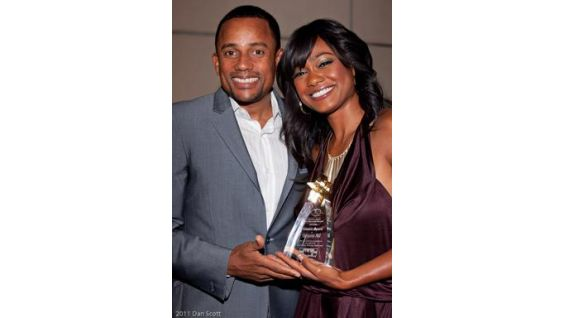 Hill Harper and Tatiyana Ali present awards.