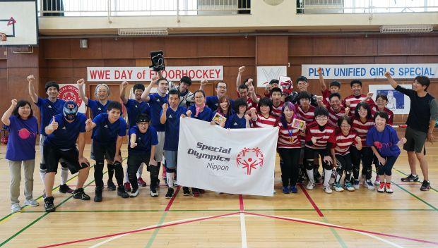 Kairi Sane & Asuka play Floor Hockey with Special Olympics athletes in Tokyo: photos