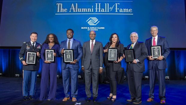 Naomi is inducted into the Boys & Girls Clubs of America Hall of Fame: Raw, May 6, 2019