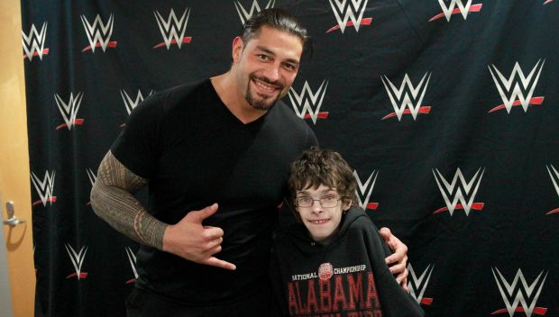 Roman Reigns grants a wish in Memphis: photos