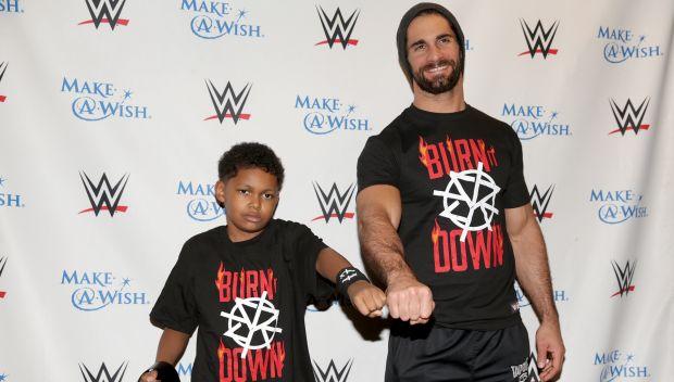 Seth Rollins grants Sidney's wish at Royal Rumble: photos