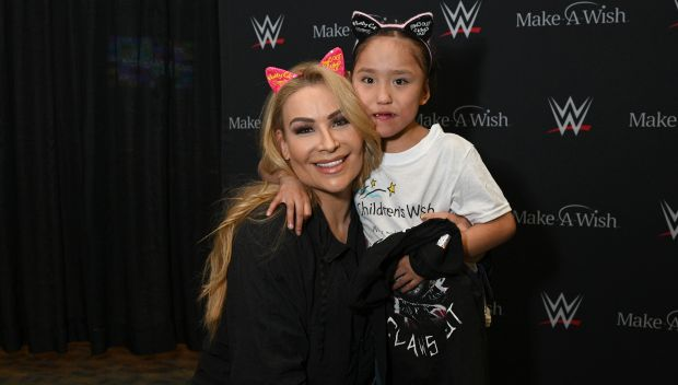 Natalya grants a wish for Heaveny in Winnipeg: photos