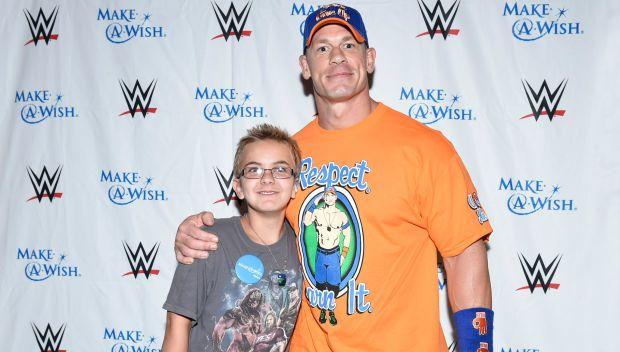 John Cena grants a wish in Alabama: photos