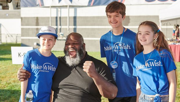 Mark Henry hosts Make-A-Wish Connecticut's Wishes on Wheels: photos