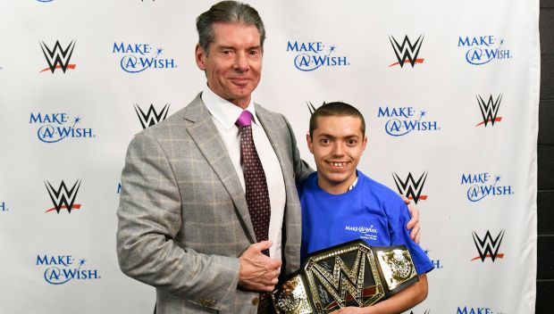 Vince McMahon grants a wish in Atlanta: photos