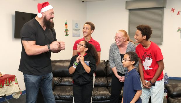 Big Show hosts 12 Days of Giving event with Boys & Girls Clubs of America: photos