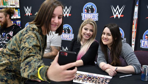 WWE Superstars meet U.S. service members and their families during WWE Tribute to the Troops 2019: photos