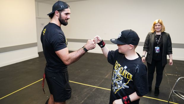 Seth Rollins grants Daniel's wish in Birmingham: photos