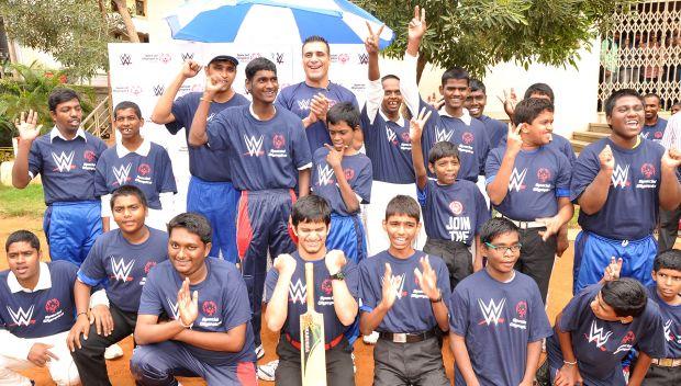 Alberto Del Rio plays cricket with Special Olympics Bharat Athletes in India: photos