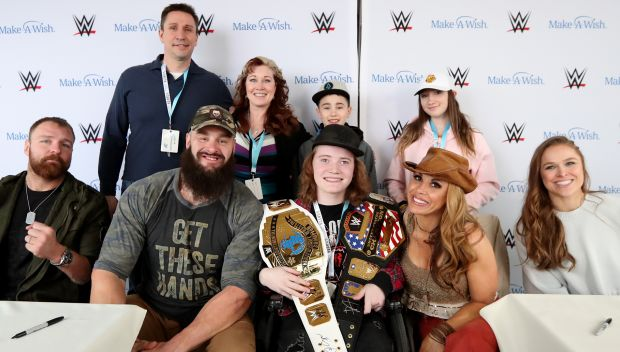 Superstars greet fans in during a Make-A-Wish event: photos