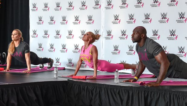 Superstars host a Susan G. Komen and project:OM yoga event: photos