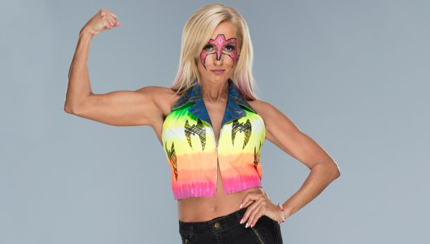 Dana Warrior shows off her Warrior spirit in honor of Susan G. Komen: photos