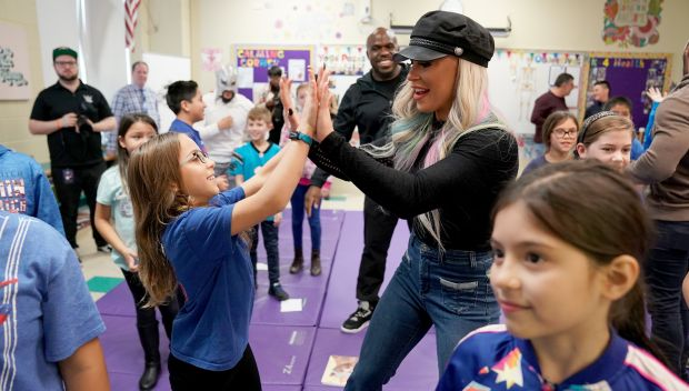 Superstars and UNICEF Kid Power celebrate World Children's Day with Chicago students