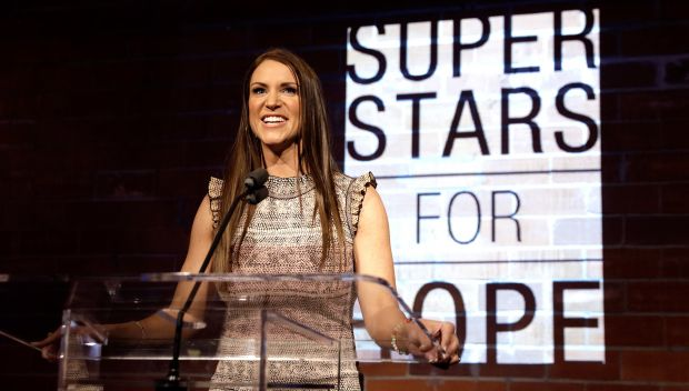 WWE and the Cowboys unite to celebrate Superstars for Hope in Dallas