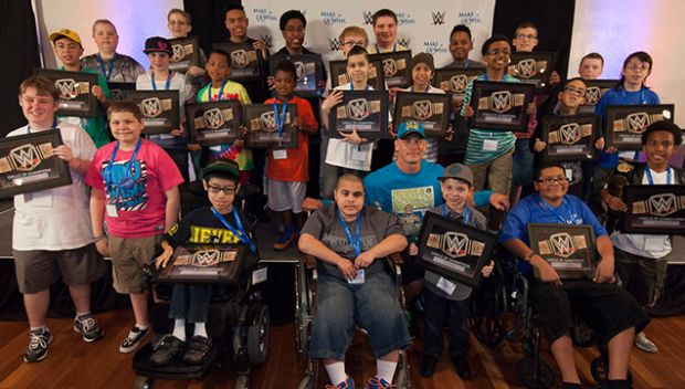 WWE, Make-A-Wish celebrate partnership with annual pizza party