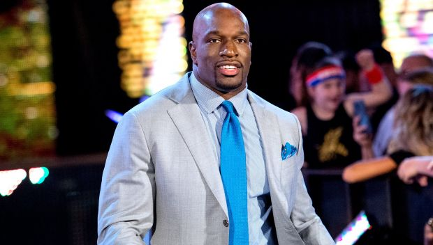 Titus O'Neil named Drum Major for Justice by the Dr. Martin Luther King Parade Foundation