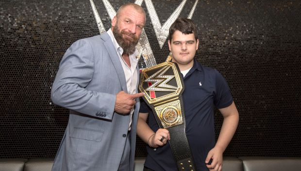 Tyler from Make-A-Wish gets his wish with trip to Survivor Series