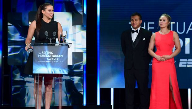 Stephanie McMahon receives the Stuart Scott ENSPIRE Award at the Sports Humanitarian of the Year Awards