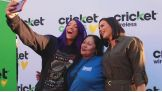 Sasha Banks and Charly Caruso distribute Thanksgiving meals to members of Homeboy Industries